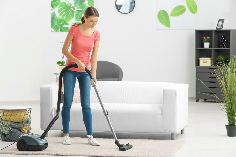 Bersihkan Menggunakan Vacuum Cleaner